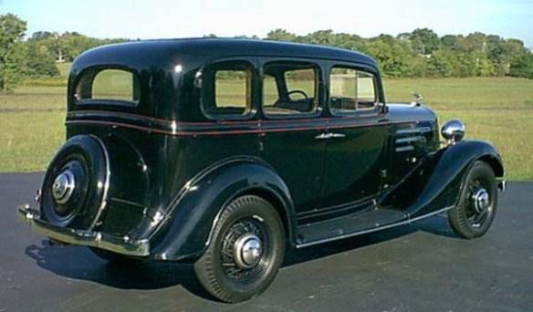 Chevrolet_sedan_1932_Rick_Feibusch-2008