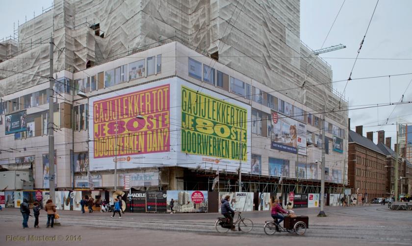 Amadeus in aanbouw. Hoek Spui, Grote Marktstraat en de Kalvermarkt