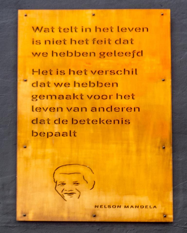 Geliefde Muurgedicht Mandela – Haagspraak &XO41