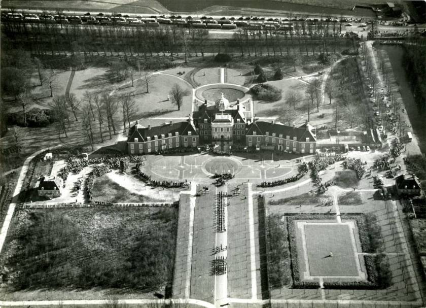 KLMAerocarto-34468-HuisTenBosch-1961