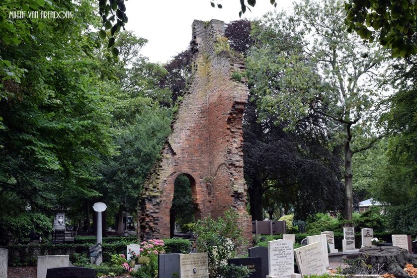 kerkje-begraafplaats-oud-eik-en-duinen